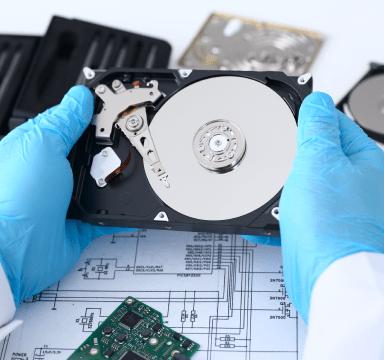 Master repairs gadgets